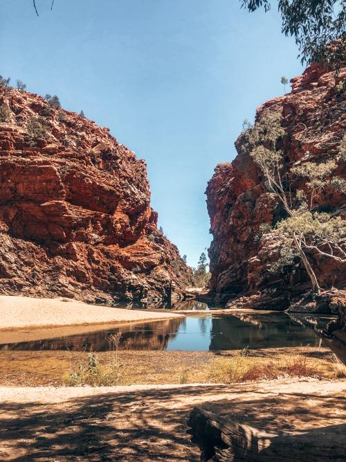 macdonnell ranges Road trip Darwin Adélaïde