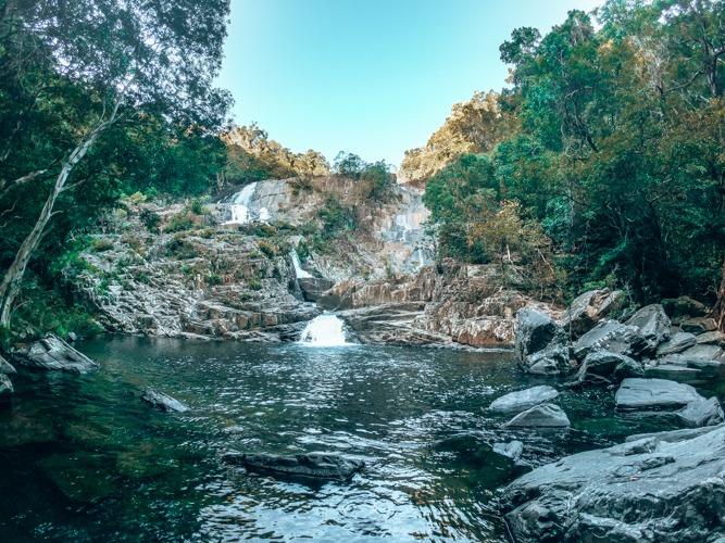 cascade cairns