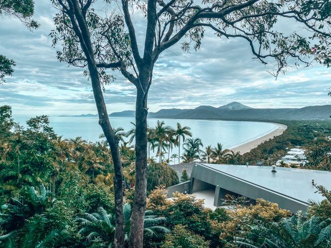 vue sur plage Port Douglas