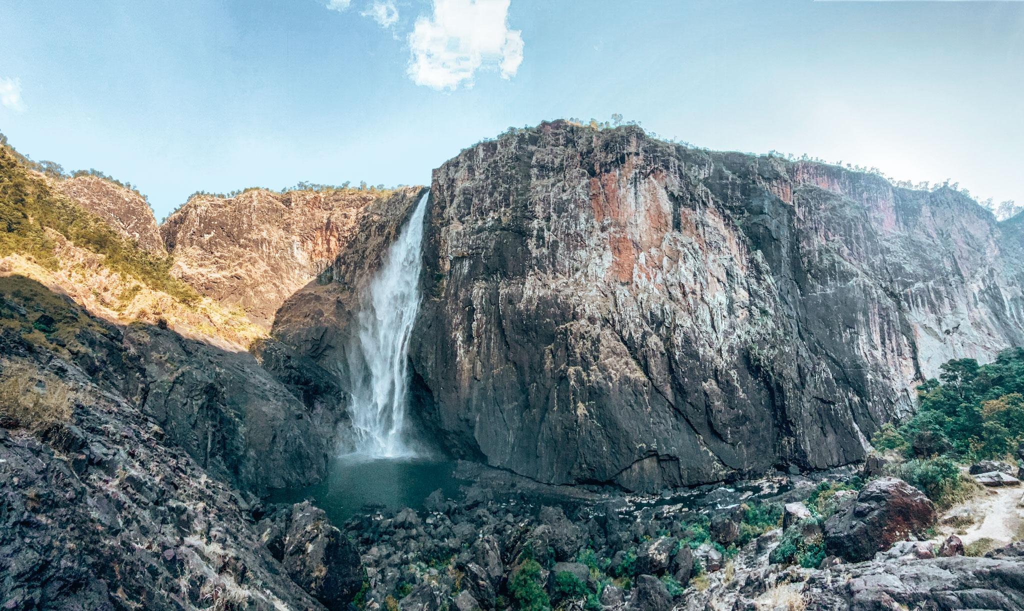 Wallaman falls cascades Queensland